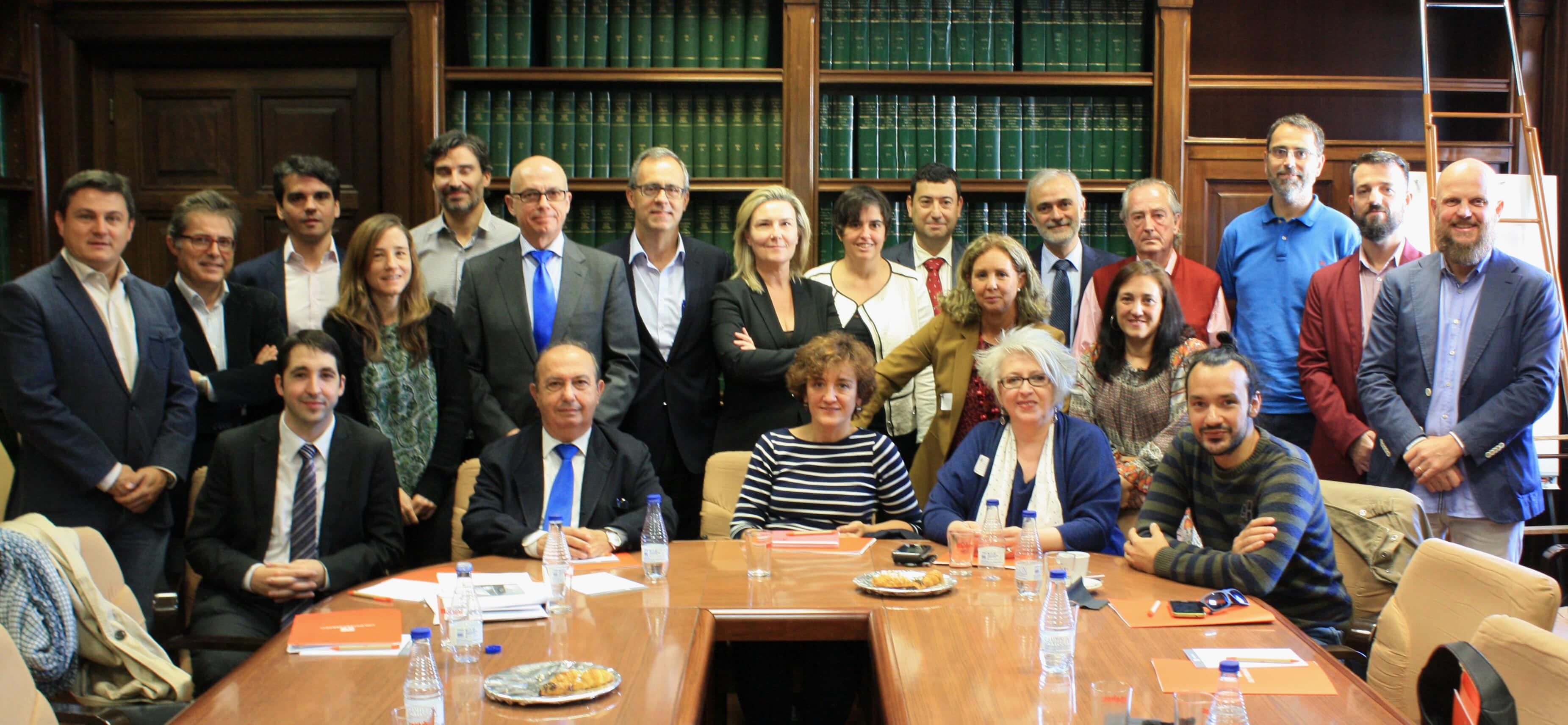Participantes en la reunión del segundo Comité Técnico del IV Congreso de Edificios Energía Casi Nula