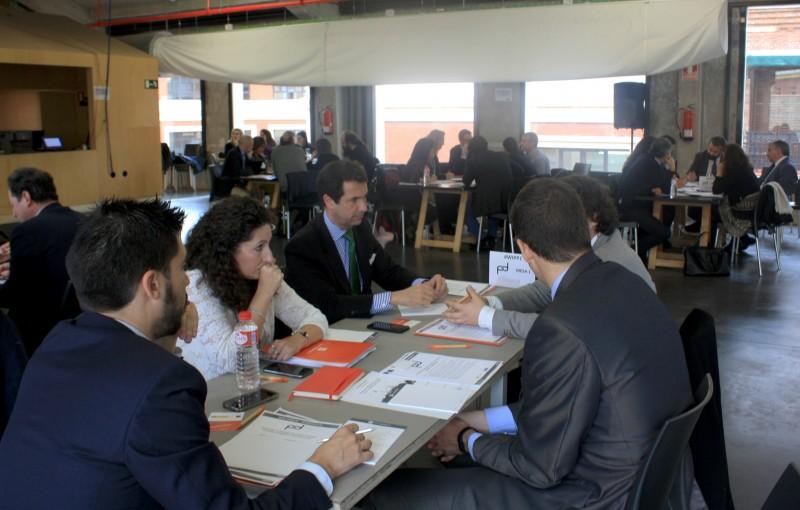 Foto 2. Mesas de Trabajo del Workshop sobre Innovación en Participación Público Privada.